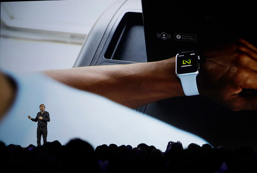. Apple\'s Kevin Lynch speaks about the Apple Watch announcement of new products at the Apple Worldwide Developers Conference in San Jose, Calif., Monday, June 5, 2017. (AP Photo/Marcio Jose Sanchez)