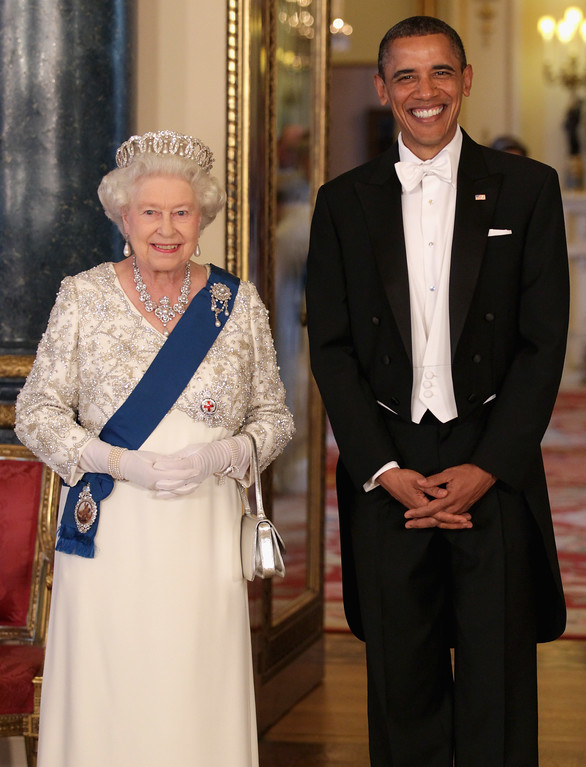. Britain\'s Queen Elizabeth II and U.S. President Barack Obama in Buckingham Palace, London, ahead of a state banquet on Tuesday May 24, 2011. President Barack Obama immersed himself in the grandeur of Britain\'s royal family Tuesday, as Queen Elizabeth II welcomed him to Buckingham Palace for the first day of a state visit. (AP Photo/Chris Jackson, Pool)