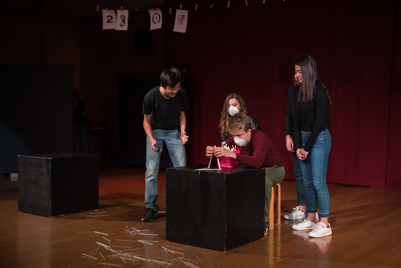 YIS Drama Production - Too much light-9989.jpg