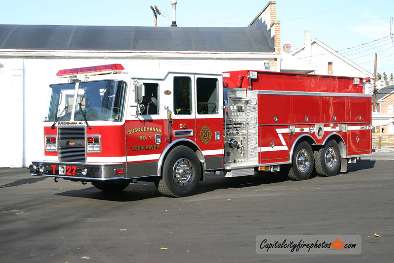York Haven Tanker 27: 2005 KME Predator 2000/2000