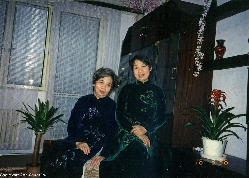 Ba Tan Visit 90s 38.jpg