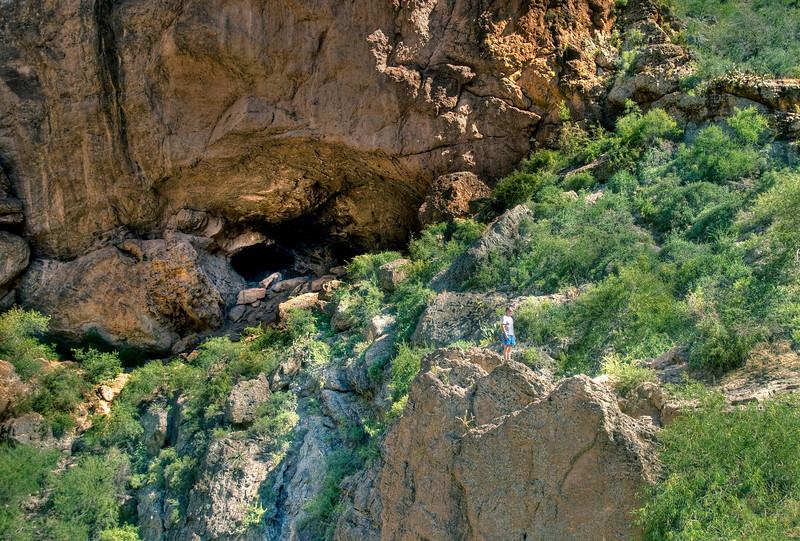 1799_ApacheTrail_Cave_and_Steve.jpg