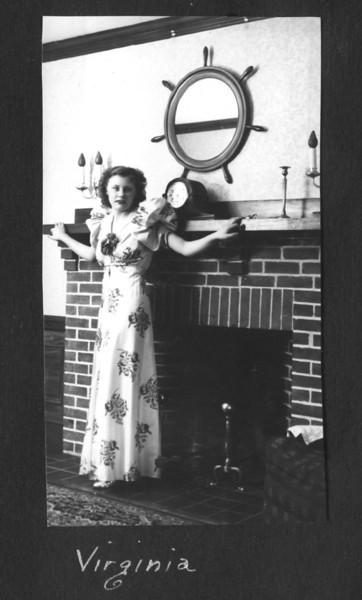1939-40 Virginia fireplace.jpg