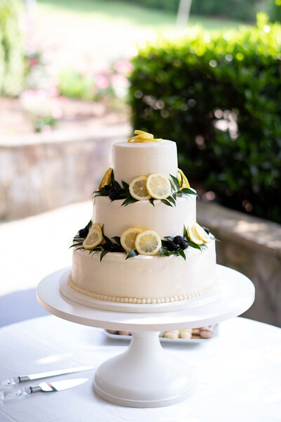 lemon-wedding-cake.jpg