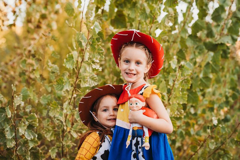 Madi and Abby Halloween 2019-9271.jpg