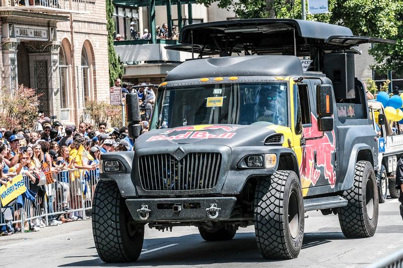DUBS Parade 2017-67.JPG
