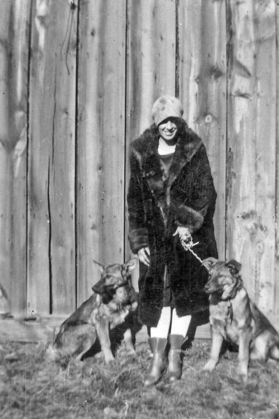 Laura Nelson Sundance WY 1928.jpg