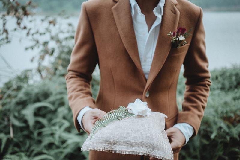 Tu-Nguyen-Destination-Wedding-Photography-Elopement-Vietnam-Pali-Louis-w-53a.jpg