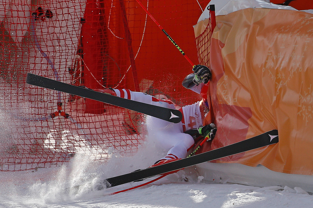 . Austria\'s Manuel Feller crashes during the first run of the men\'s giant slalom at the 2018 Winter Olympics in Pyeongchang, South Korea, Sunday, Feb. 18, 2018. (AP Photo/Christophe Ena)