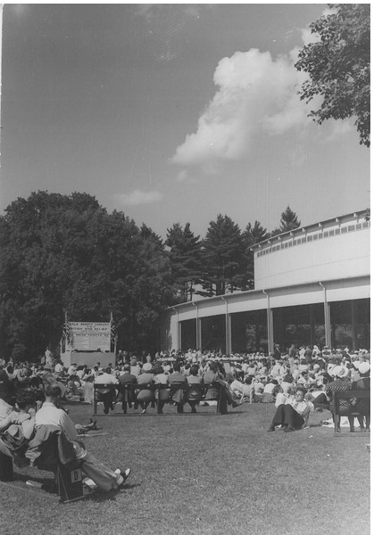 Days Gone By: images of Tanglewood's audience from The Eagle's archives