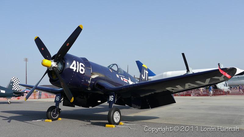 1945 Chance Vought F4U-4 Corsair, N713JT