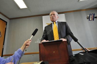 25687 Gene Budig; presidential search committee briefing