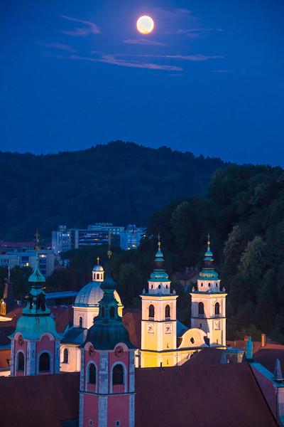 2013-06-Blue hour Slovenia