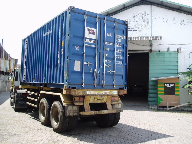 Otto Kuijk Zkhs vervoer en aankomst container (29).jpg
