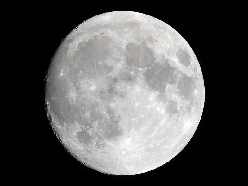 Moon_01_02Jun2014_500mm14.jpg