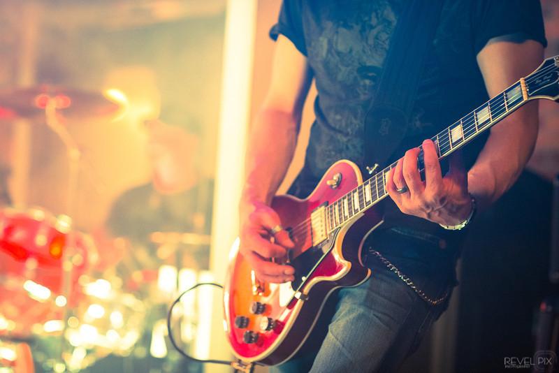 E_Band_Download_Guitar_CU.jpg