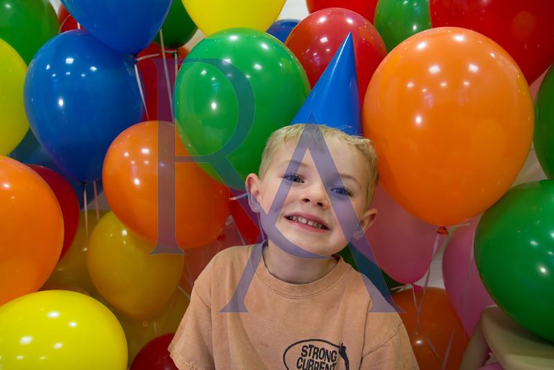 Auction Balloon_-22.jpg