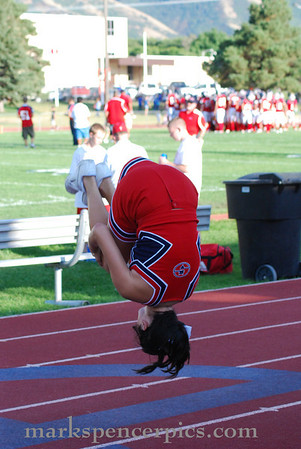 Cheerleaders Football 2009