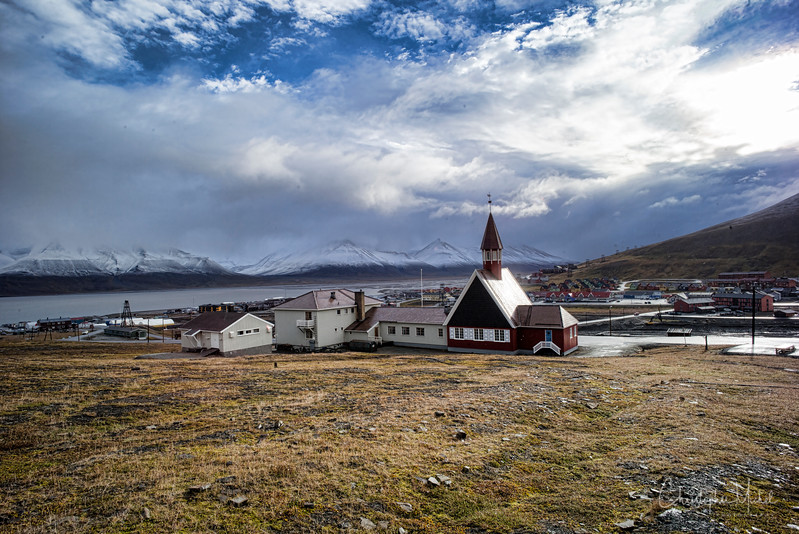 8-28-16169352 Longyearbyen Svalbard.jpg