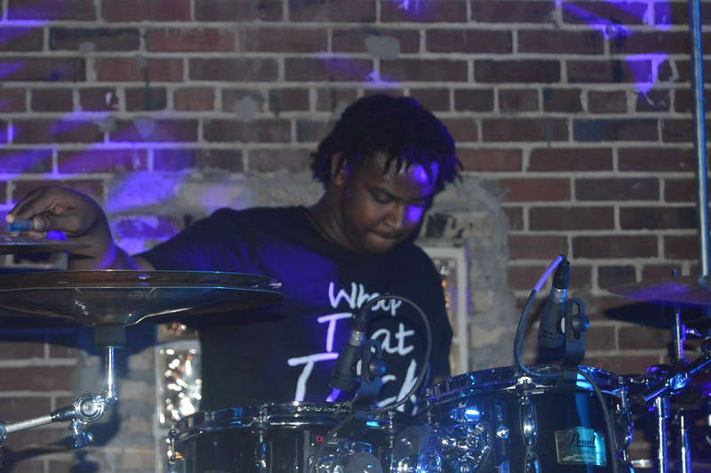 104 Al Kapone's drummer.jpg