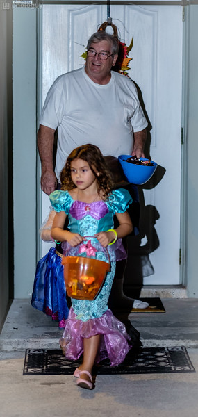 20141031_HALLOWEEN_TRICK_OR_TREAT (10 of 15)