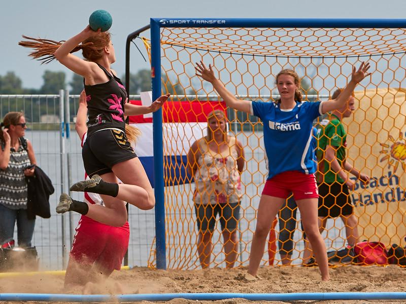 Molecaten NK Beach Handball 2015 dag 2 img 715.jpg