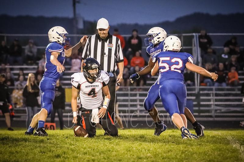 GC Football vs Elk Mound-0939.JPG