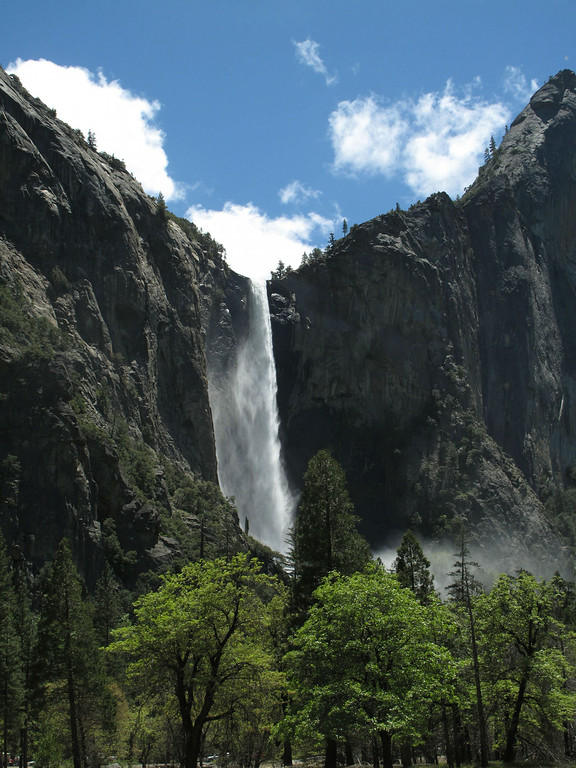 . In this photo taken Thursday, May 26, 2011, Bridalveil Falls is seen in Yosemite National park.   (AP Photos/Tracie Cone)