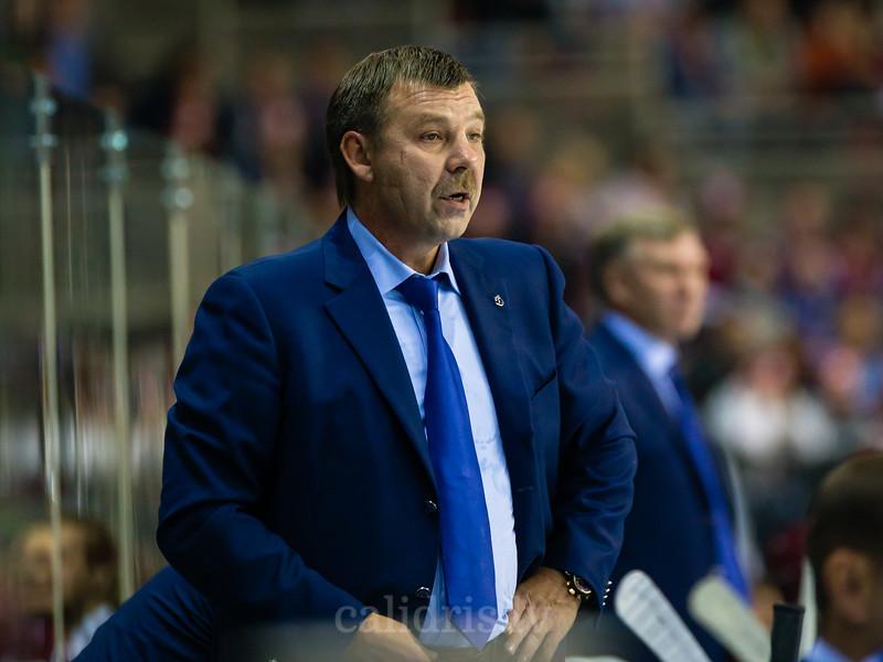 Dynamo Moscow galvenais treneris Oleg Znarok