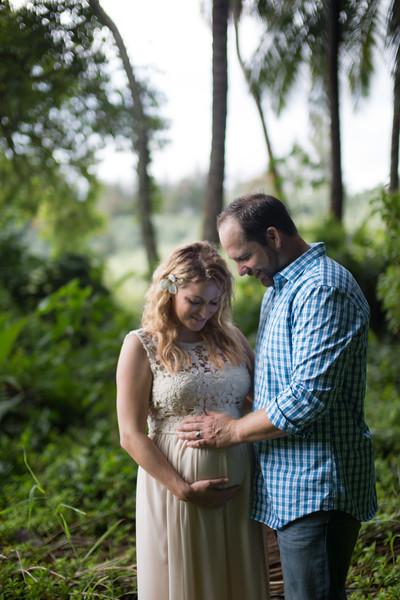 Kauai maternity photography-76.jpg