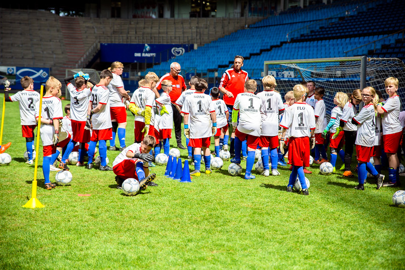 wochenendcamp-stadion-090619---a-19_48048563437_o.jpg