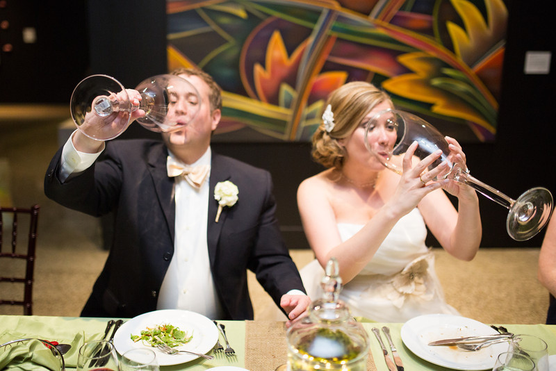 Wedding Reception in the upper gallery at Rockford Art Museum in Rockford, IL.  Wedding photographer – Ryan Davis Photography – Rockford, Illinois.