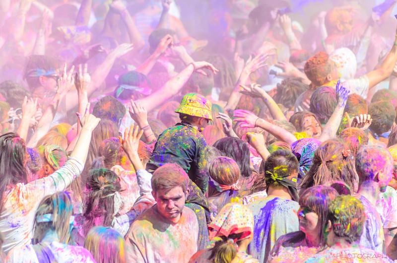 Festival-of-colors-20140329-307.jpg