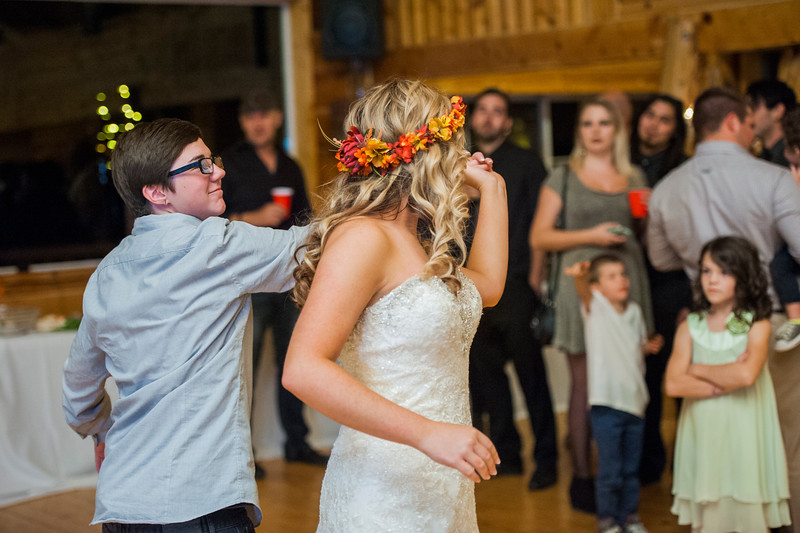 Jodi-petersen-wedding-652.jpg