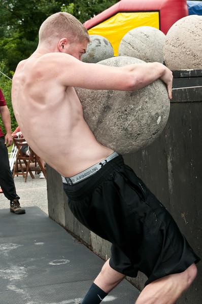 Fitness Revolution Strongman Challenge 2011_ERF4403.jpg