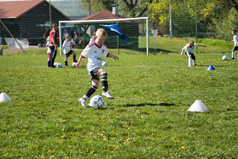 hsv-fussballschule---wochendendcamp-hannm-am-22-und-23042019-w-13_47677903942_o.jpg