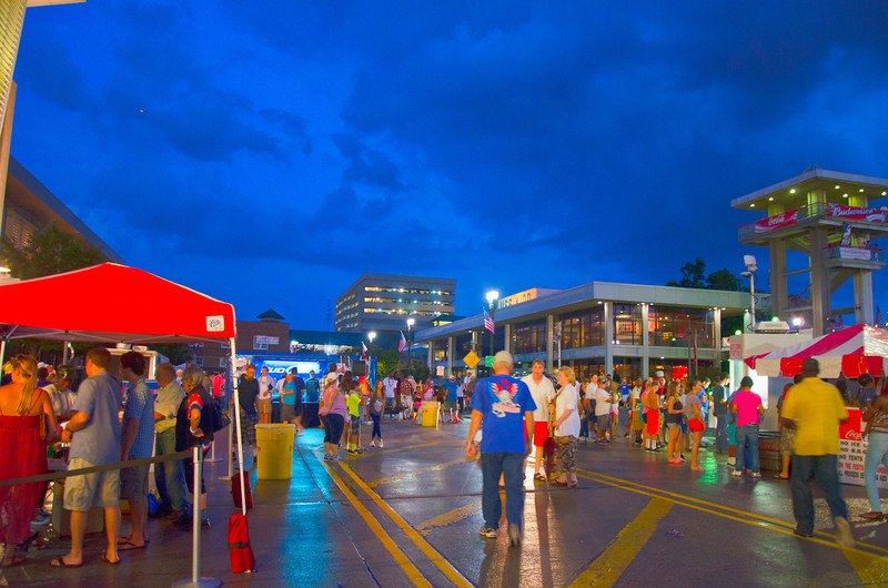 BR_fourth_street_vendors.jpg