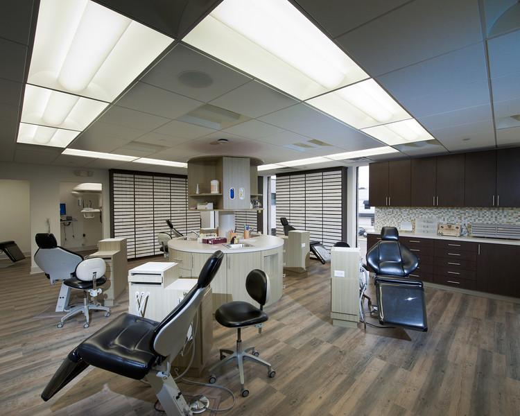 120418_Dental-132-22.jpg