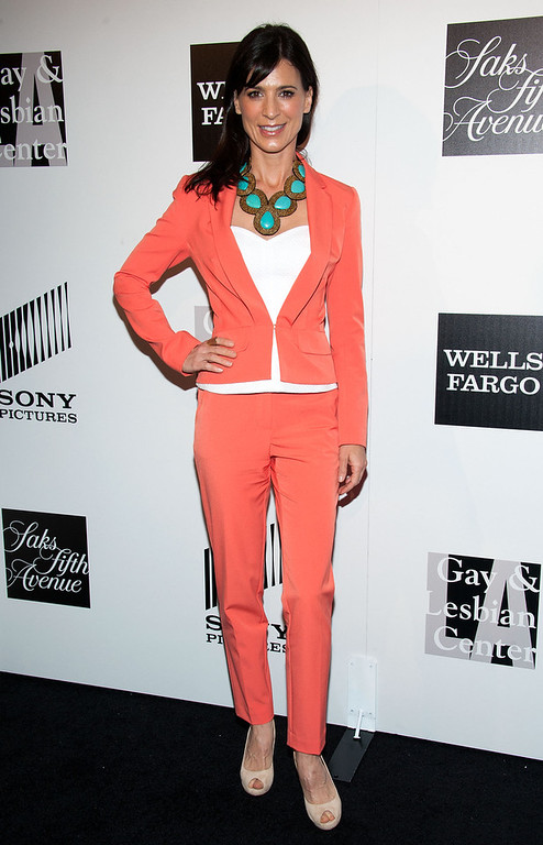 ". Perrey Reeves arrives at ""An Evening\"" Benefiting The L.A. Gay & Lesbian Center at the Beverly Wilshire Four Seasons Hotel on March 21, 2013 in Beverly Hills, California. (Photo by Valerie Macon/Getty Images)"