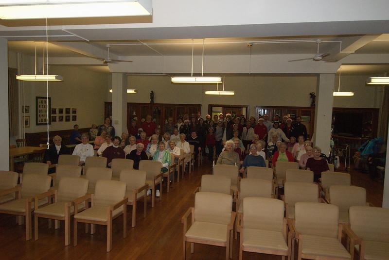2014-12-10-Christmas-Caroling-at-Sisters-of-Divine-Providence_017.jpg