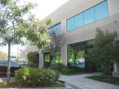 1,000 - 4,000+ square ft. (negotiable pricing from $0.55net!) office and warehouse available