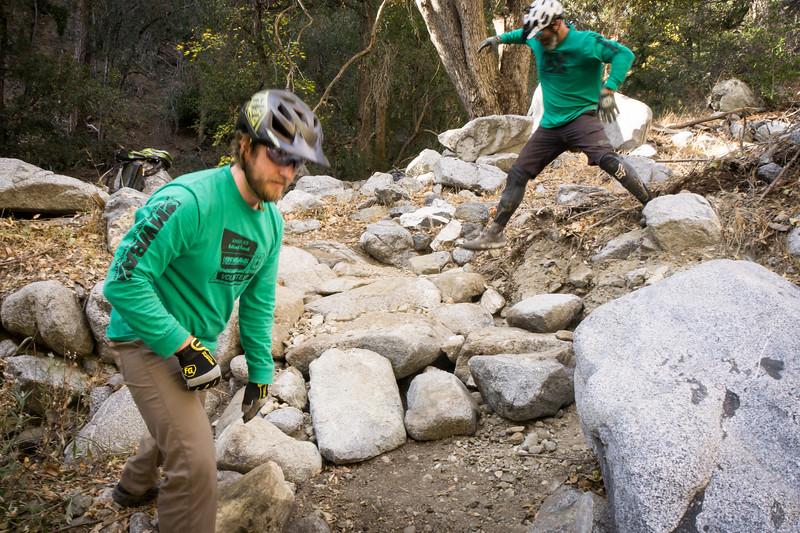 20181118009-MWBA Gabrielino Trailwork.jpg