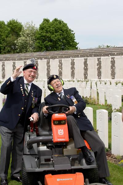 Ypres Tyne Cot Cemetery (118 of 123).jpg