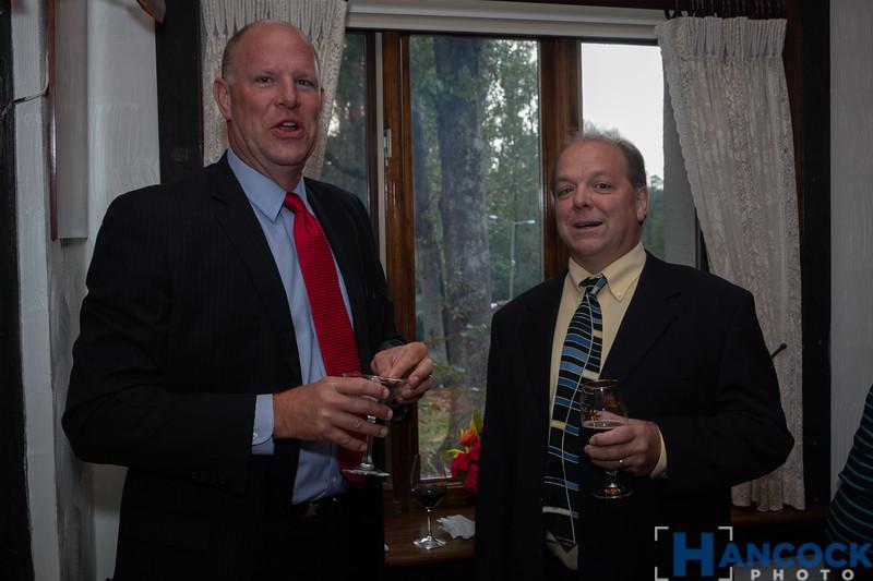 Bill and Beth von Holle 50th-137.jpg