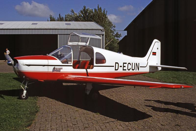 D-ECUN-AmbrosiniF7RondoneII-Private-EDXB-2000-07-16-IU-32-KBVPCollection.jpg