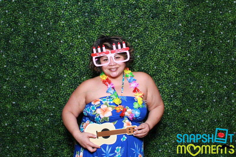 03-30-2019 - Karen and Natasha's Aloha 40th Birthday Bash_074.JPG