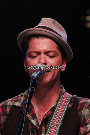 Bruno Mars Performance at Project Ethos: Incubator, Music Box 3.19.2010