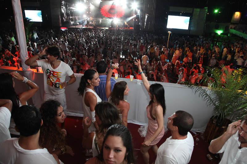 ASA VIRA VIROU 2012 BÚZIOS - Mauro Motta - tratadas-1000.jpg