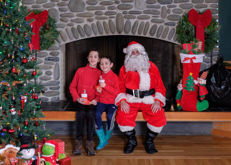 CB Santa 2019-7630.jpg