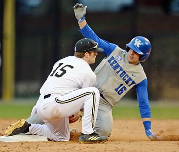 Wofford And Kentucky Baseball